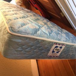 New old stock Sealy Backsaver Twin Mattress for Sale in Portland,  OR