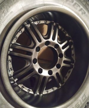 (4 rims 8 LUG) DIP Wicked 18in . $100 there in my truck don't feel like messing with them after no show last night for Sale in Tacoma, WA