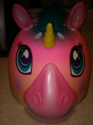 Girls unicorn helmet 5& up for Sale in New Haven, CT