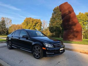 2013 C300 4MATIC w/ low miles (AMG Package) for Sale in Chicago, IL