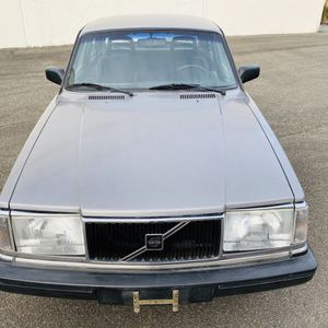 1 9 8 8 VOLVO 2 4 0 for Sale in Lakewood, WA