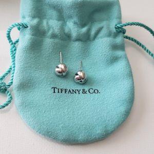 Tiffany & Co. Stud Earrings W/Dust Bag for Sale in Gilbert, AZ