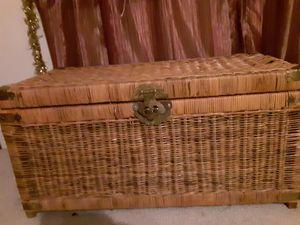 Wicker trunks for Sale in La Porte City, IA