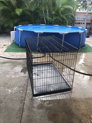 Dog cage / crate for Sale in Miami, FL