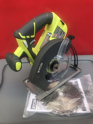 RYOBI 18VOLT ONE+CORDLESS 6-1/2 IN CIRCULAR SAW (TOOL ONLY) for Sale in Redlands, CA