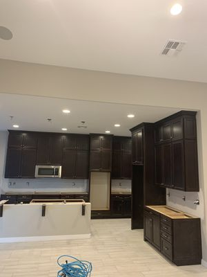 Cabinet installer for Sale in Phoenix, AZ
