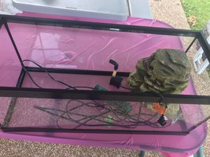 20 gallon aquarium with filter, lights and heater for Sale in St. Louis, MO