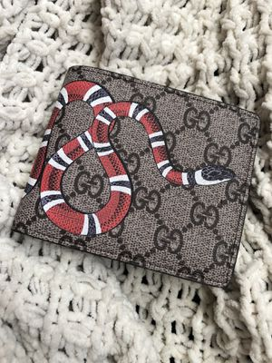 Gucci wallet for Sale in CT, US