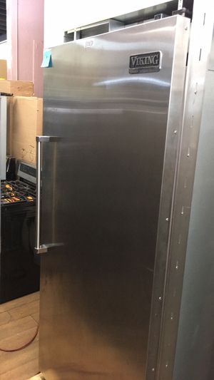 "Viking Professional 36"" Built In Fridge for Sale in Corona, CA"