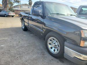 2003 chevy Silverado for Sale in Newark, CA