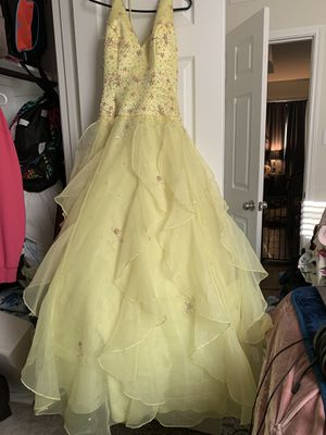 Prom Dress for Sale in Liberty Hill, TX