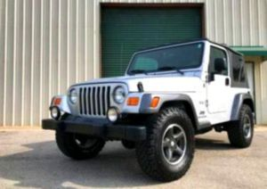 Price$1200 Jeep-Wrangler 2004 in perfect condition for Sale in Frederick, MD