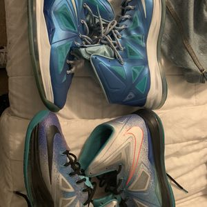 Lebron 10 Pure Platinum & Blue Diamond. for Sale in Knightdale, NC