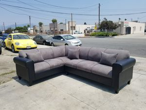 NEW 7X9FT CHARCOAL MICROFIBER COMBO SECTIONAL COUCHES for Sale in Corona, CA
