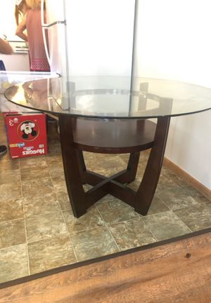 Kitchen table ( moving need gone ASAP) for Sale in Carbondale, IL