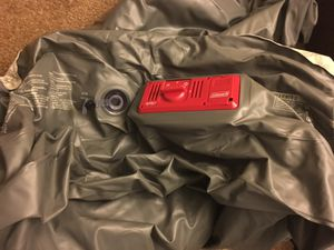 Coleman twin bed air mattress with internal pump for Sale in Houston, TX