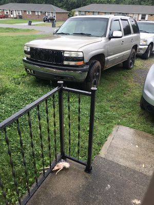 Chevy tahoe for Sale in Clarksville, TN