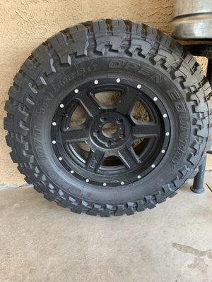 35x12.5 r18 Toyo mt brand new for Sale in Phoenix, AZ