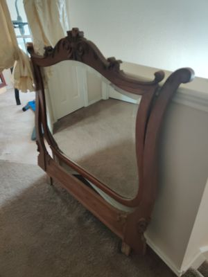 Nice antique mirror only $99.99 for Sale in San Antonio, TX
