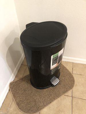 Trash can for Sale in Tarpon Springs, FL