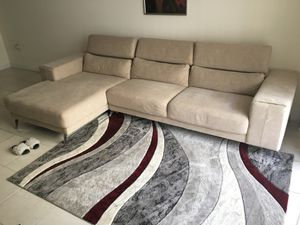 Sectional Sofa Modern couch living room beige for Sale in Miami, FL
