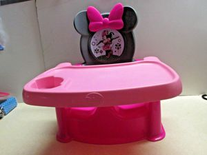 Minnie Mouse Booster/Activity Seat for Sale in Windsor, CT