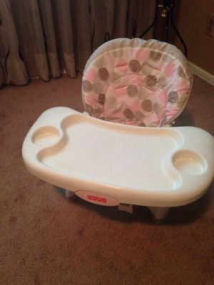 Booster seat baby for Sale in St. Louis, MO