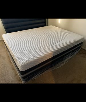 Queen Mattress BEAUTYREST PRICE IS FIRM for Sale in Chula Vista, CA