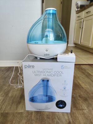 Pure Ultrasonic cool mist humidifier for Sale in Phoenix, AZ