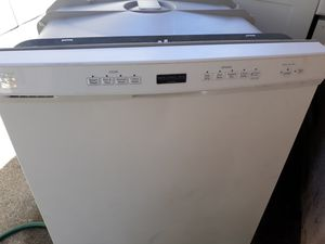 KENMORE DISHWASHER AND HOTPOINT GAS STOVE $75 for Sale in Upland, CA