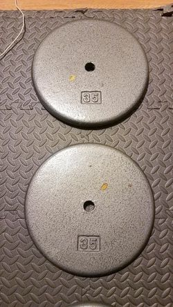"""70 pounds Standard 1"""" weight plates 2x35lbs Rare pancake for Sale in Montebello,  CA"""