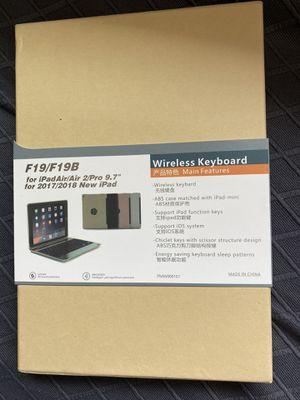 F19/F19B wireless keyboard for Sale in La Puente, CA
