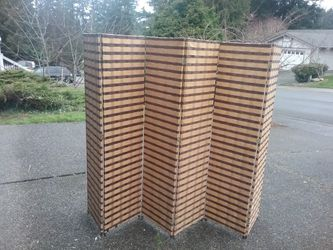 Home Design 6' Bamboo Room Divider like New for Sale in Federal Way,  WA