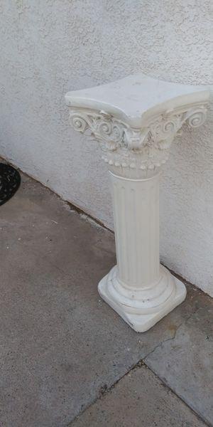 Pedestal ni una sola cuarteadura for Sale in El Paso, TX