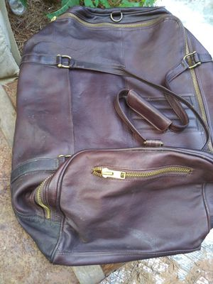 LEATHER GARMENT BAG for Sale in Athens, GA