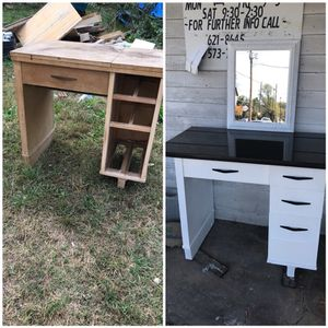 Make up vanity for Sale in Knoxville, TN