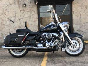 2008 HARLEY DAVIDSON FLHRC ROAD KING CLASSIC for Sale in Houston, TX