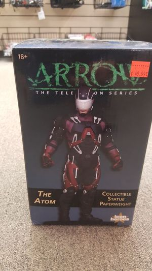 Arrow The Television Series The Atom Collectible Statue Paperweight for Sale in Pepper Pike, OH