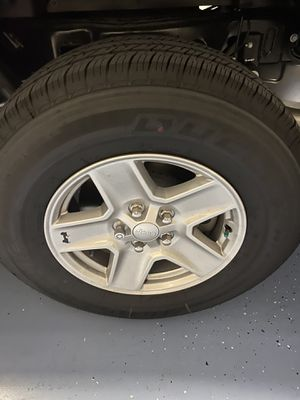 Jeep Gladiator wheels and tires new!! for Sale in Tarpon Springs, FL
