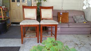 Set of 2 Wooden Upholstered Bar Stools Counter Height Bar Stool for Sale in Lake Arrowhead, CA