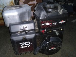 Briggs and stratton for Sale in CRYSTAL CITY, CA