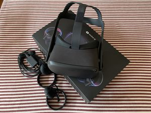 Oculus Quest 64GB for Sale in Chicago, IL