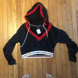 Tommy Hilfiger Cropped Hoodie for Sale in Downers Grove, IL