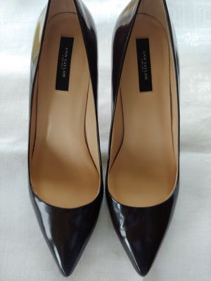 9.5 Med Ann Taylor Dark Brown Patent Pumps for Sale in Lexington, KY