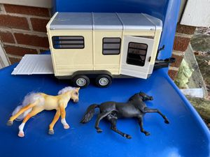 ERTL Big Farm Horse Trailer for Sale in Waynesboro, VA