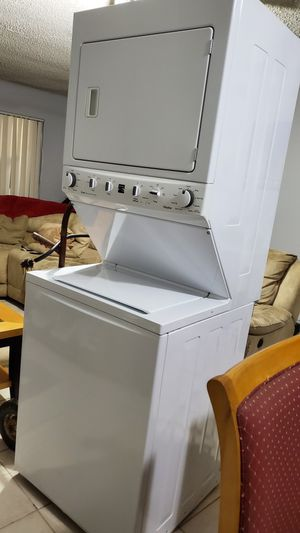 Kenmore washer and dryer for Sale in Pompano Beach, FL
