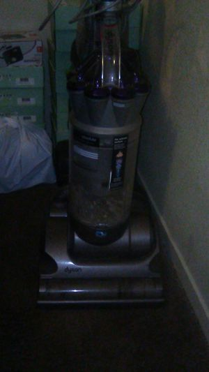 Dyson vacume for Sale in Fresno, CA