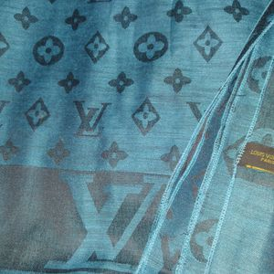 Louis Vuitton SCARF (TEAL) for Sale in San Jose, CA