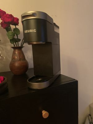 Barely used single serve keurig for Sale in New York, NY