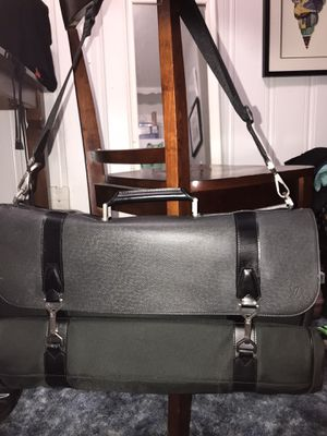 Louis Vuitton Hanging Garment Bag for Sale in Homestead, FL